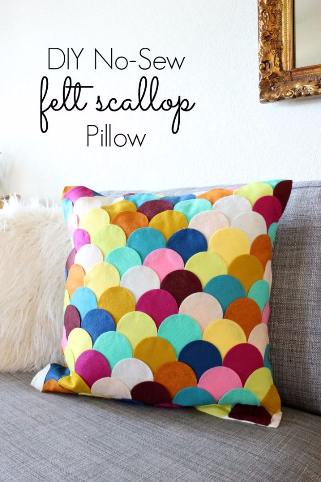 DIY Pillows and Creative Pillow Projects - DIY No-Sew Felt Scalloped Pillow - Decorative Cases and Covers, Throw Pillows, Cute and Easy Tutorials for Making Crafty Home Decor - Sewing Tutorials and No Sew Ideas