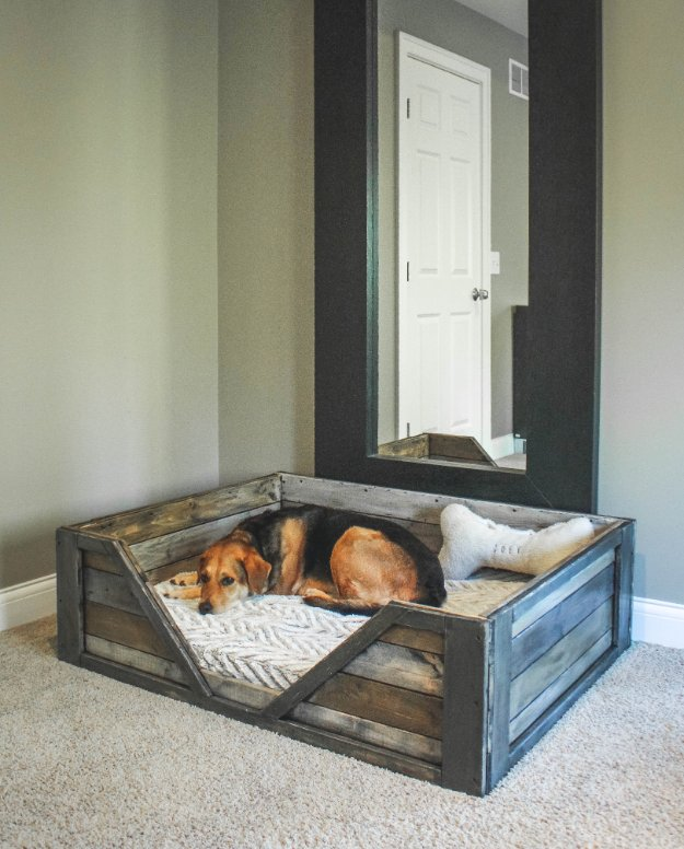 DIY Dog Beds - DIY Rustic Dog Bed - Projects and Ideas for Large, Medium and Small Dogs. Cute and Easy No Sew Crafts for Your Pets. Pallet, Crate, PVC and End Table Dog Bed Tutorials #pets #diypet #dogs #diyideas