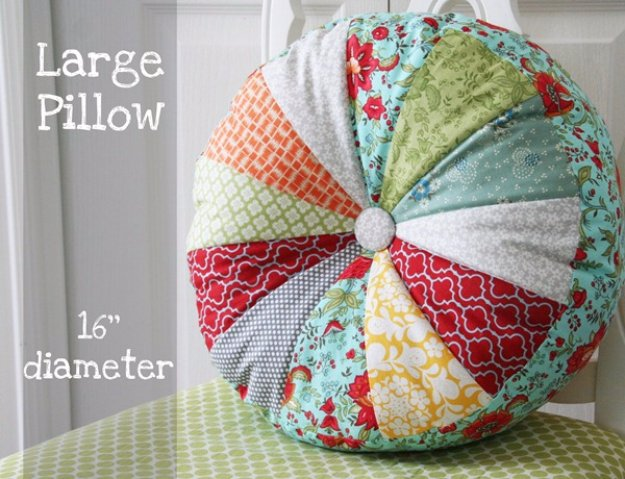 DIY Pillows and Creative Pillow Projects - DIY Sprocket Pillows Tutorial - Decorative Cases and Covers, Throw Pillows, Cute and Easy Tutorials for Making Crafty Home Decor - Sewing Tutorials and No Sew Ideas