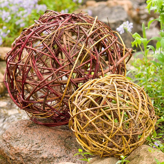 DIY Ideas for Your Garden - Dogwood Orbs - Cool Projects for Spring and Summer Gardening - Planters, Rocks, Markers and Handmade Decor for Outdoor Gardens