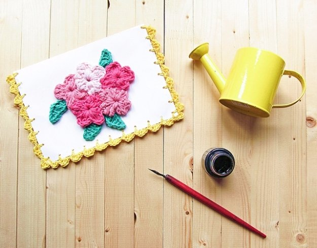 DIY Mothers Day Cards - Flower Crochet Card - Creative and Thoughtful Homemade Card Ideas for Mom - Step by Step Tutorials, Best Quotes, Handmade Projects