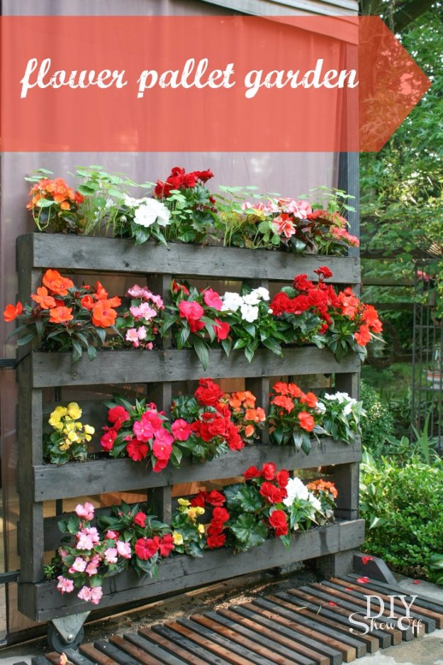 DIY Ideas for Your Garden - Flower Pallet Garden - Cool Projects for Spring and Summer Gardening - Planters, Rocks, Markers and Handmade Decor for Outdoor Gardens