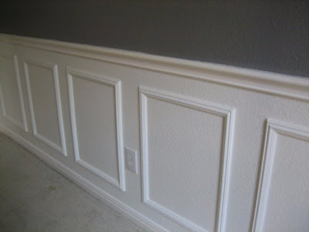 Home Improvement Hacks. - Install Wainscoting Without Power Tools - Remodeling Ideas and DIY Home Improvement Made Easy With the Clever, Easy Renovation Ideas. Kitchen, Bathroom, Garage. Walls, Floors, Baseboards,Tile, Ceilings, Wood and Trim #diy #homeimprovement