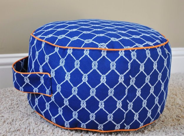 Fabulous DIY Poufs and Ottomans - Land of Nod inspired Floor Cushion - Step by Step Tutorials and Easy Patterns for Cool Home Decor. Crochet, No Sew, Leather, Moroccan Boho, Knit and Fun Fur Projects and Chair Ideas #diy #diyfurniture #sewing