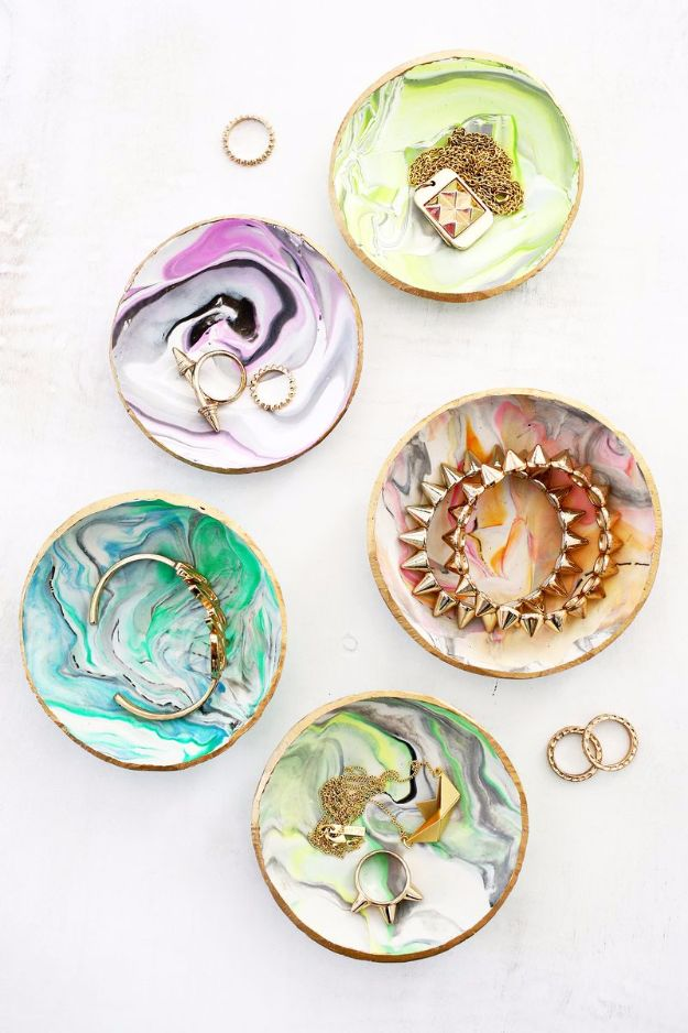 Creative DIY Mothers Day Gifts Ideas - Marbled Clay Ring Dish - Thoughtful Homemade Gifts for Mom. Handmade Ideas from Daughter, Son, Kids, Teens or Baby - Unique, Easy, Cheap Do It Yourself Crafts To Make for Mothers Day, complete with tutorials and instructions #mothersday