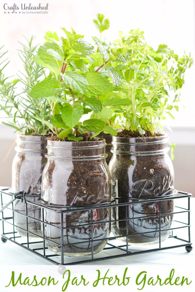 37 fabulous mason jar diys for summer for Mason jar kitchen ideas