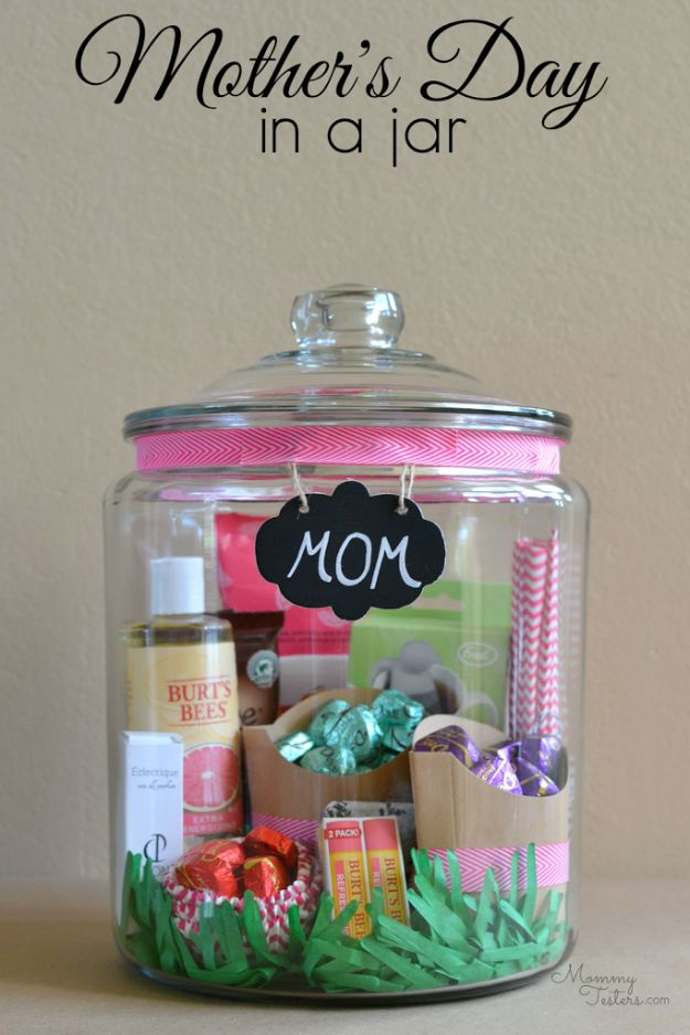 Creative DIY Mothers Day Gifts Ideas - Mother's Day Gift In A Jar - Thoughtful Homemade Gifts for Mom. Handmade Ideas from Daughter, Son, Kids, Teens or Baby - Unique, Easy, Cheap Do It Yourself Crafts To Make for Mothers Day, complete with tutorials and instructions #mothersday