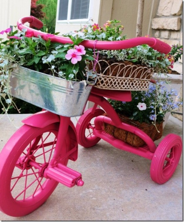 DIY Ideas for Your Garden - Pink Tricycle Planter - Cool Projects for Spring and Summer Gardening - Planters, Rocks, Markers and Handmade Decor for Outdoor Gardens