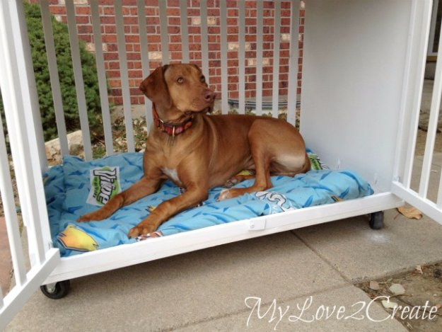 DIY Dog Beds - Repurposed Crib Dog Bed - Projects and Ideas for Large, Medium and Small Dogs. Cute and Easy No Sew Crafts for Your Pets. Pallet, Crate, PVC and End Table Dog Bed Tutorials #pets #diypet #dogs #diyideas