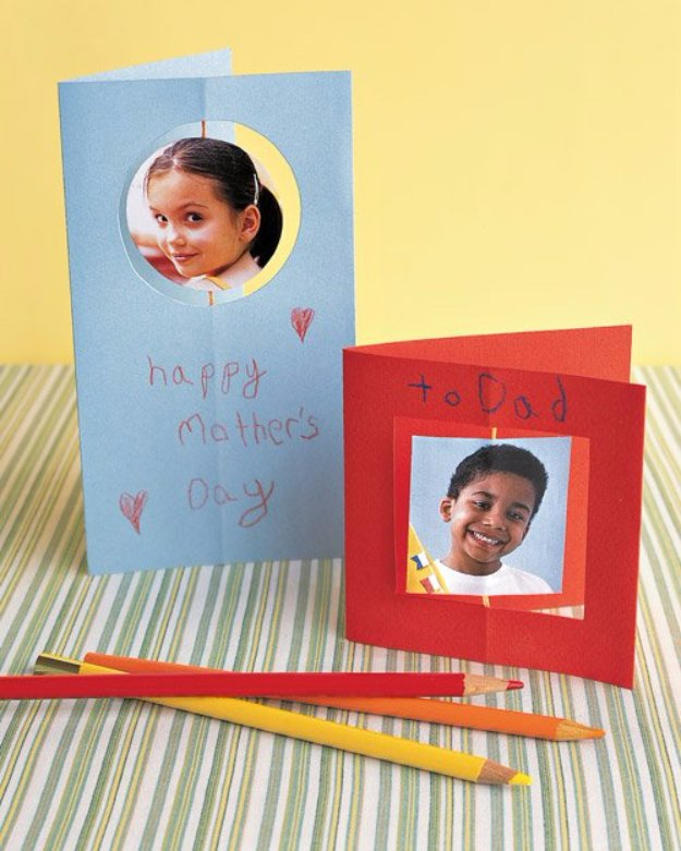 DIY Mothers Day Cards - Spinning Greeting Card for Mom - Creative and Thoughtful Homemade Card Ideas for Mom - Step by Step Tutorials, Best Quotes, Handmade Projects http://diyjoy.com/diy-mothers-day-cards