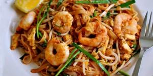 Drool Worthy DIY Classic Pad Thai Recipe