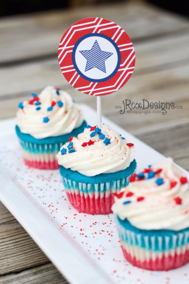 Best Fourth of July Food and Drink Ideas - 4th Of July Cupcakes - BBQ on the 4th with these Desserts, Recipes and Ideas for Healthy Appetizers, Party Trays, Easy Meals for a Crowd and Fun Drink Ideas
