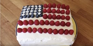 Delicious 4th Of July Dream Cake That Cools You Off & Is A Hit At The Celebration!