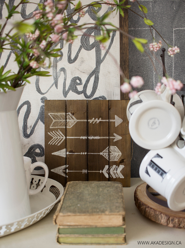 DIY Farmhouse Style Decor Ideas - Arrow Art With Paint Markers - Rustic Ideas for Furniture, Paint Colors, Farm House Decoration for Living Room, Kitchen and Bedroom http://diyjoy.com/diy-farmhouse-decor-ideas