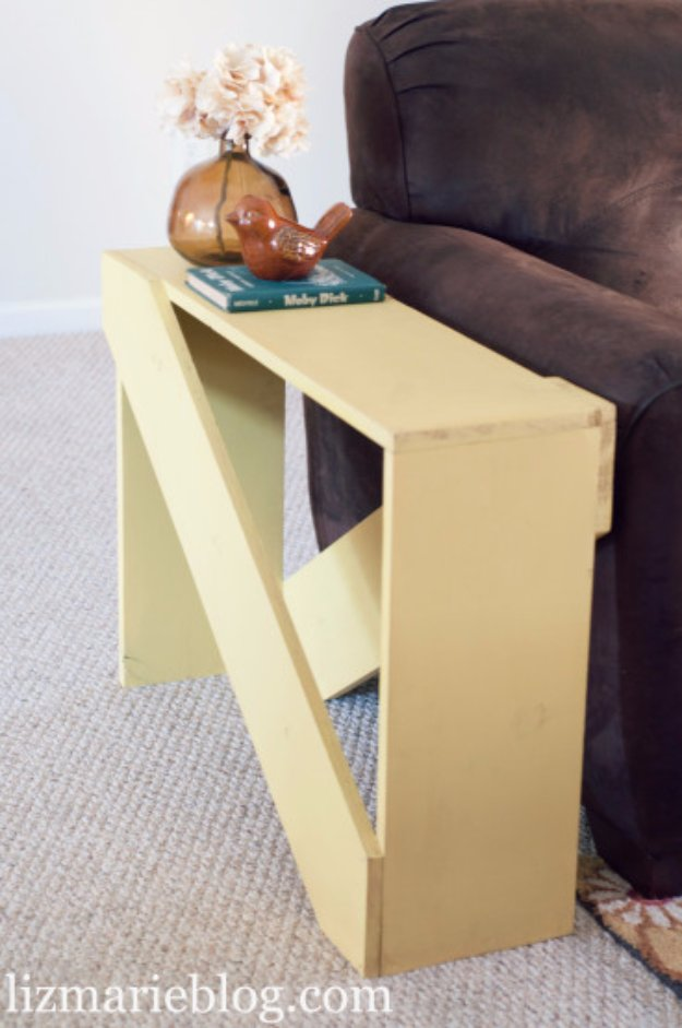DIY End Tables with Step by Step Tutorials - DIY 5 Board End Table - Cheap and Easy End Table Projects and Plans - Wood, Storage, Pallet, Crate, Modern and Rustic. Bedroom and Living Room Decor Ideas #endtables #diydecor #diy