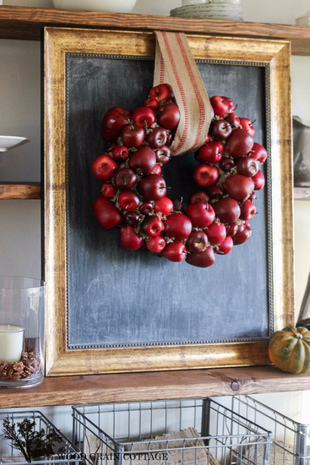 DIY Farmhouse Wall Decor Ideas - DIY Apple Wreath - Rustic Ideas for Furniture, Paint Colors, Farm House Decoration for Living Room, Kitchen and Bedroom #diy