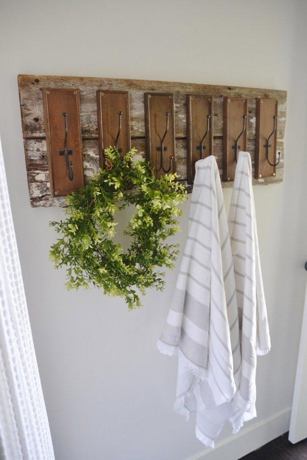 DIY Bathroom Decor Ideas - DIY Bathroom Hooks - Cool Do It Yourself Bath Ideas on A Budget, Rustic Bathroom Fixtures, Creative Wall Art, Rugs mason jar idea bath diy