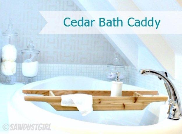 DIY Bathroom Decor Ideas - DIY Cedar Bath Caddy - Cool Do It Yourself Bath Ideas on A Budget, Rustic Bathroom Fixtures, Creative Wall Art, Rugs mason jar idea bath diy