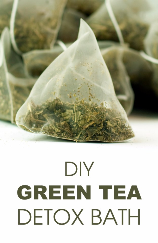 DIY Detox Recipes, Ideas and Tips - DIY Green Tea Detox Bath - How to Detox Your Body, Brain and Skin for Health and Weight Loss. Detox Drinks, Waters, Teas, Wraps, Soup, Masks and Skincare Products You Can Make At Home http://diyjoy.com/diy-detox-ideas