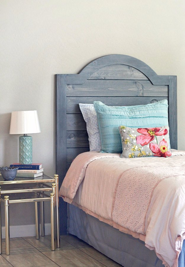 DIY Headboard Ideas - DIY Headboard Made With Faux Shiplap - Easy and Cheap Do It Yourself Headboards - Upholstered, Wooden, Fabric Tufted, Rustic Pallet, Projects With Lights, Storage and More Step by Step Tutorials #diy #bedroom #furniture