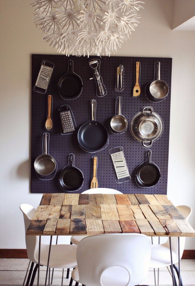 DIY Kitchen Decor Ideas - DIY Kitchen Peg Board - Creative Furniture Projects, Accessories, Countertop Ideas, Wall Art, Storage, Utensils, Towels and Rustic Furnishings #diyideas #kitchenideass