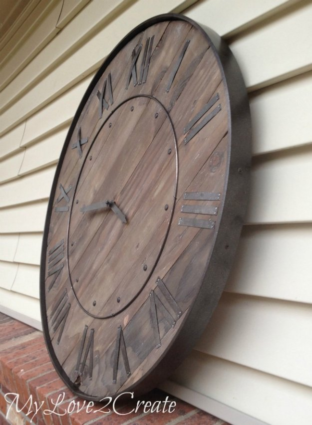 DIY Dining Room Decor Ideas - DIY Large Rustic Clock - Cool DIY Projects for Table, Chairs, Decorations, Wall Art, Bench Plans, Storage, Buffet, Hutch and Lighting Tutorials