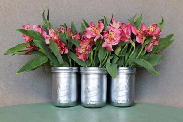 DIY Mason Jar Vases - DIY Metallic Mason Jar Vases - Best Vase Projects and Ideas for Mason Jars - Painted, Wedding, Hanging Flowers, Centerpiece, Rustic Burlap, Ribbon and Twine