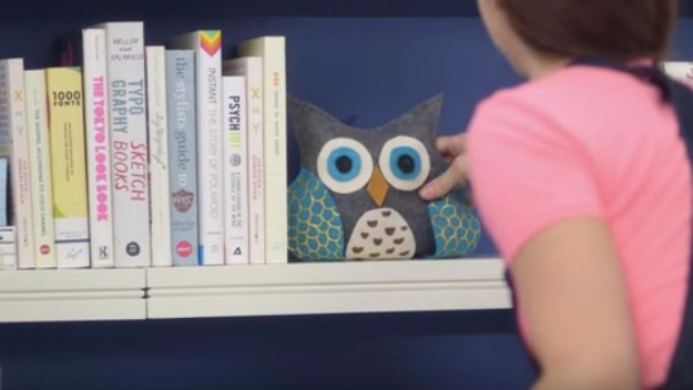 DIY Home Office Decor Ideas - DIY Owl Bookends - Do It Yourself Desks, Tables, Wall Art, Chairs, Rugs, Seating and Desk Accessories for Your Home Office #office #diydecor #diy