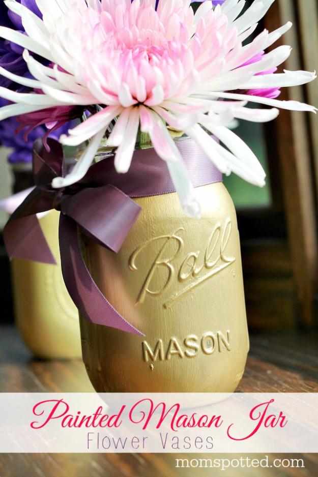 DIY Mason Jar Vases - DIY Painted Mason Jar Flower Vases - Best Vase Projects and Ideas for Mason Jars - Painted, Wedding, Hanging Flowers, Centerpiece, Rustic Burlap, Ribbon and Twine