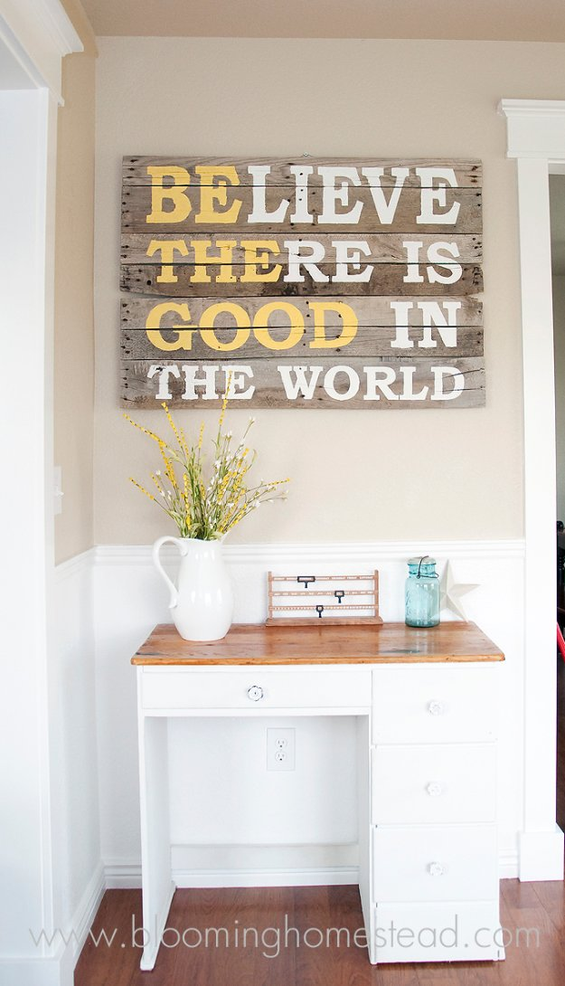 DIY Renters Decor Ideas - DIY Pallet Wood Sign - Cool DIY Projects for Those Renting Aparments, Condos or Dorm Rooms - Easy Temporary Wall Art, Contact Paper, Washi Tape and Shelves to Make at Home  #diyhomedecor #diyideas