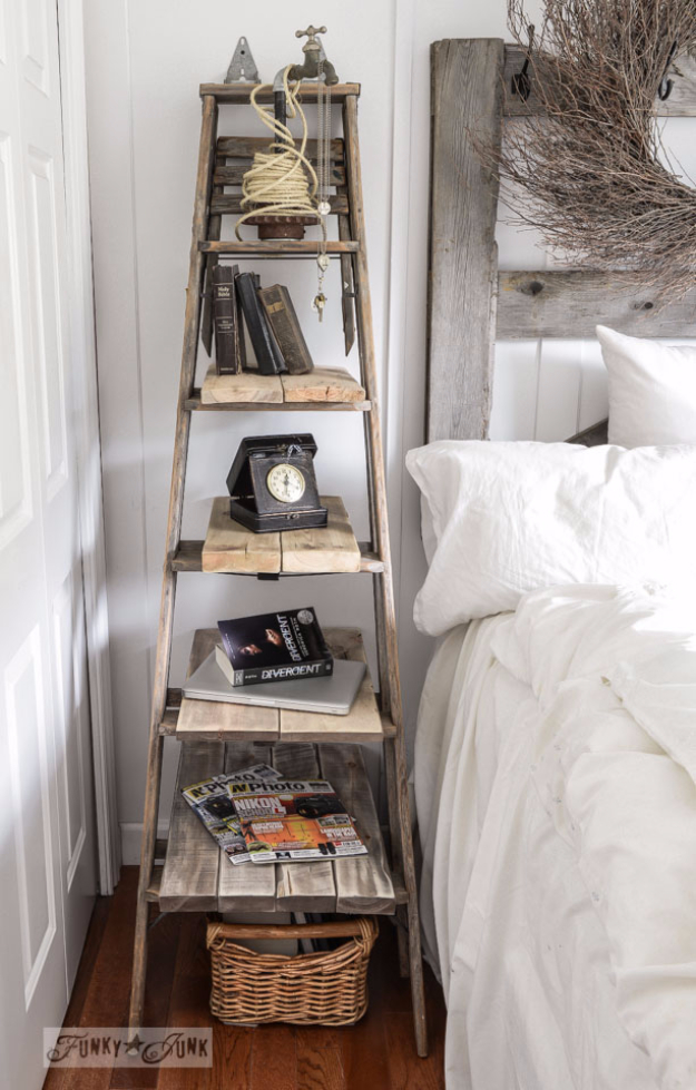 DIY Farmhouse Style Decor Ideas - DIY Rustic Ladder - Rustic Ideas for Furniture, Paint Colors, Farm House Decoration for Living Room, Kitchen and Bedroom http://diyjoy.com/diy-farmhouse-decor-ideas