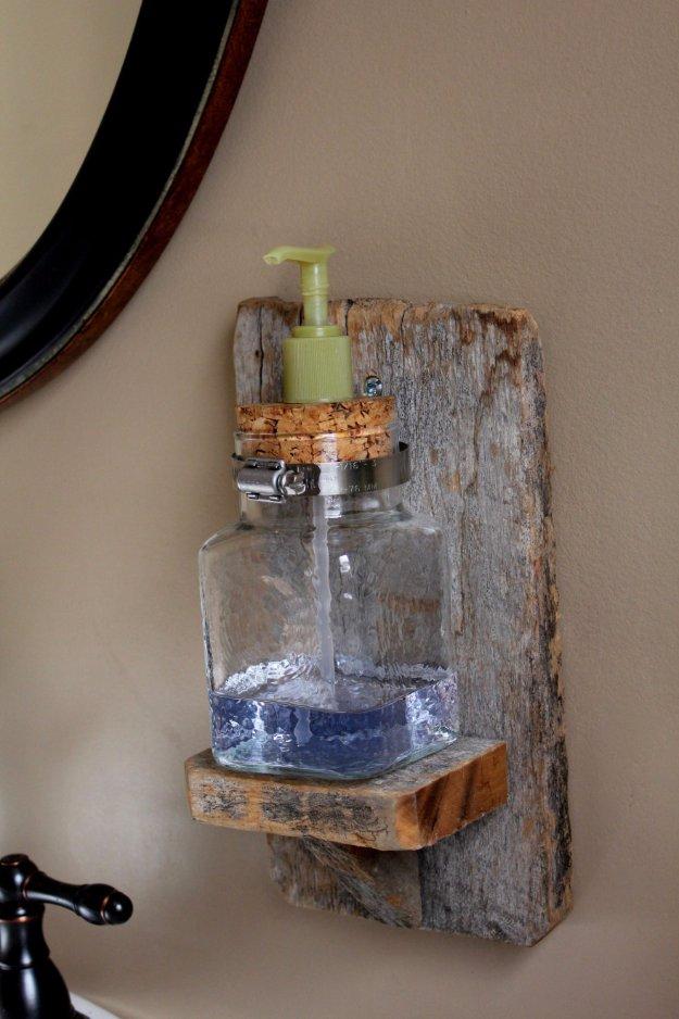 DIY Bathroom Decor Ideas - DIY Rustic Soap Dispenser - Cool Do It Yourself Bath Ideas on A Budget, Rustic Bathroom Fixtures, Creative Wall Art, Rugs mason jar idea bath diy