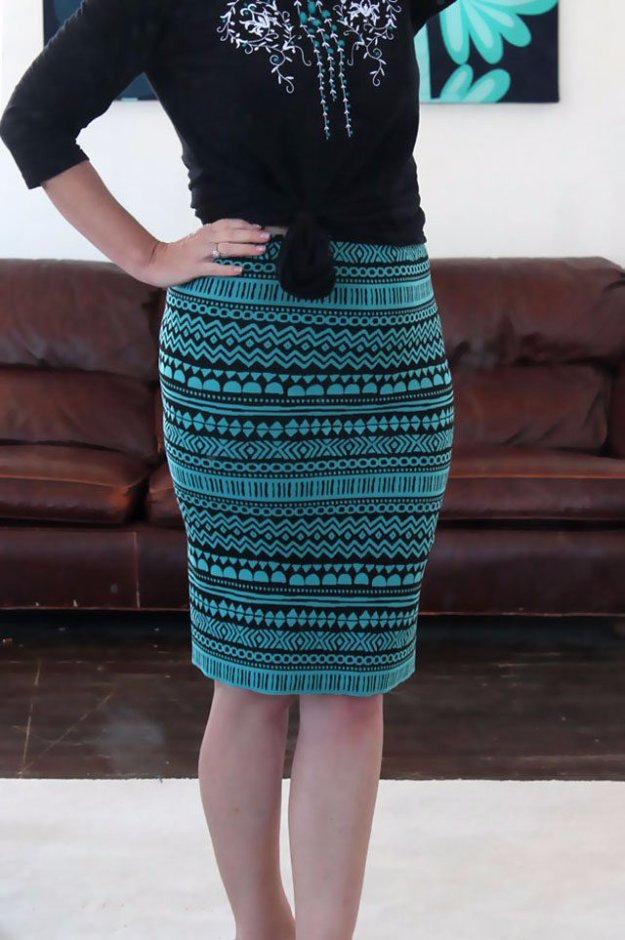 DIY Sewing Projects for Women - DIY Stretch Knit Pencil Skirt - How to Sew Dresses, Blouses, Pants, Tops and Fashion. Step by Step Tutorials and Instructions #sewing #fashion
