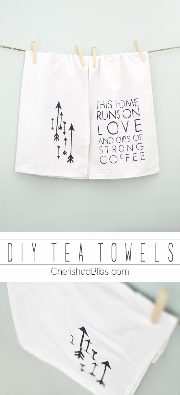 DIY Kitchen Decor Ideas - DIY Tea Towels - Creative Furniture Projects, Accessories, Countertop Ideas, Wall Art, Storage, Utensils, Towels and Rustic Furnishings #diyideas #kitchenideass