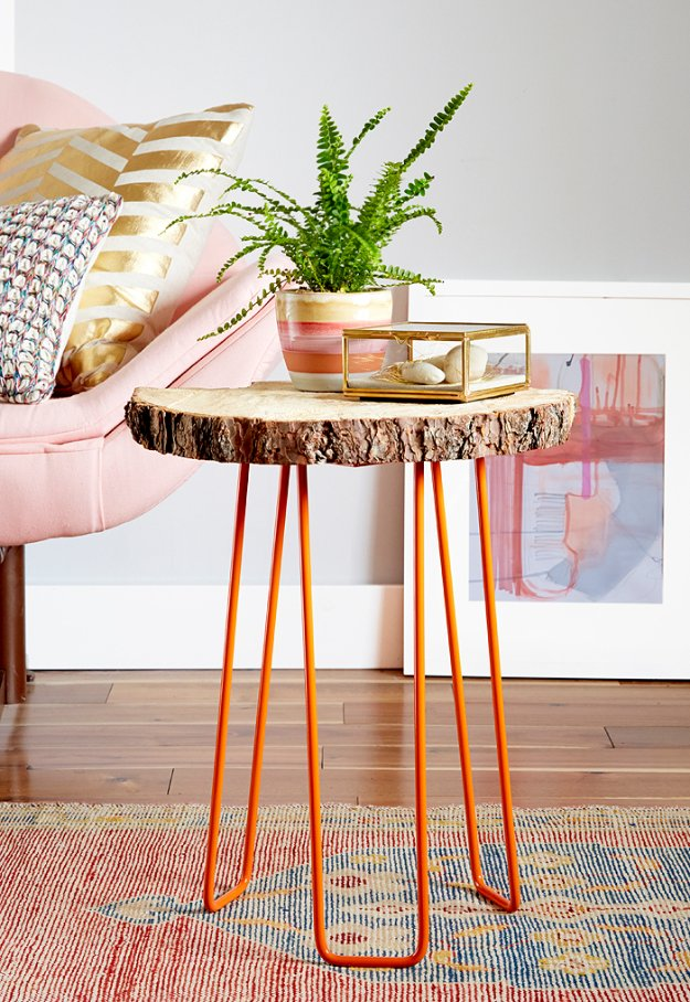 DIY End Tables with Step by Step Tutorials - DIY Tree Slab Side Table - Cheap and Easy End Table Projects and Plans - Wood, Storage, Pallet, Crate, Modern and Rustic. Bedroom and Living Room Decor Ideas #endtables #diydecor #diy
