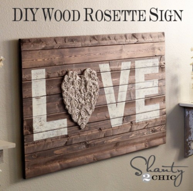 DIY Farmhouse Style Decor Ideas - DIY Wood Rosette Sign - Rustic Ideas for Furniture, Paint Colors, Farm House Decoration for Living Room, Kitchen and Bedroom #diy