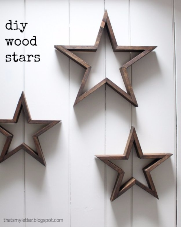 DIY Living Room Decor Ideas - DIY Wood Stars - Cool Modern, Rustic and Creative Home Decor - Coffee Tables, Wall Art, Rugs, Pillows and Chairs. Step by Step Tutorials and Instructions