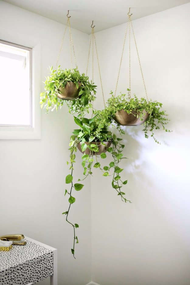 DIY Dining Room Decor Ideas - Easy Hanging Planter DIY - Cool DIY Projects for Table, Chairs, Decorations, Wall Art, Bench Plans, Storage, Buffet, Hutch and Lighting Tutorials