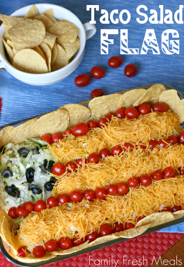 Best Fourth of July Food and Drink Ideas - Easy Taco Salad Flag - BBQ on the 4th with these Desserts, Recipes and Ideas for Healthy Appetizers, Party Trays, Easy Meals for a Crowd and Fun Drink Ideas