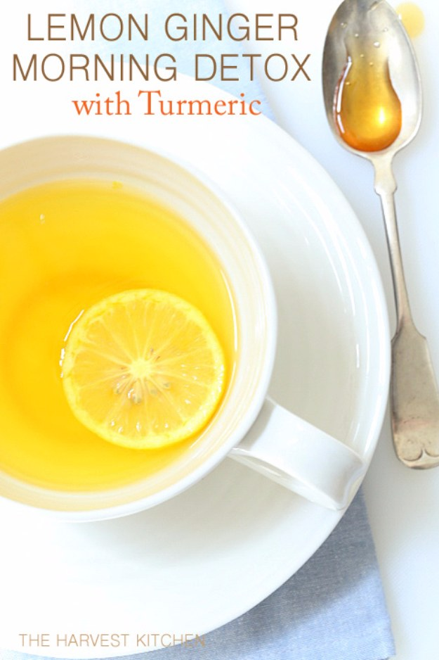 DIY Detox Recipes, Ideas and Tips - Lemon Ginger Morning Detox Drink With Turmeric - How to Detox Your Body, Brain and Skin for Health and Weight Loss. Detox Drinks, Waters, Teas, Wraps, Soup, Masks and Skincare Products You Can Make At Home http://diyjoy.com/diy-detox-ideas