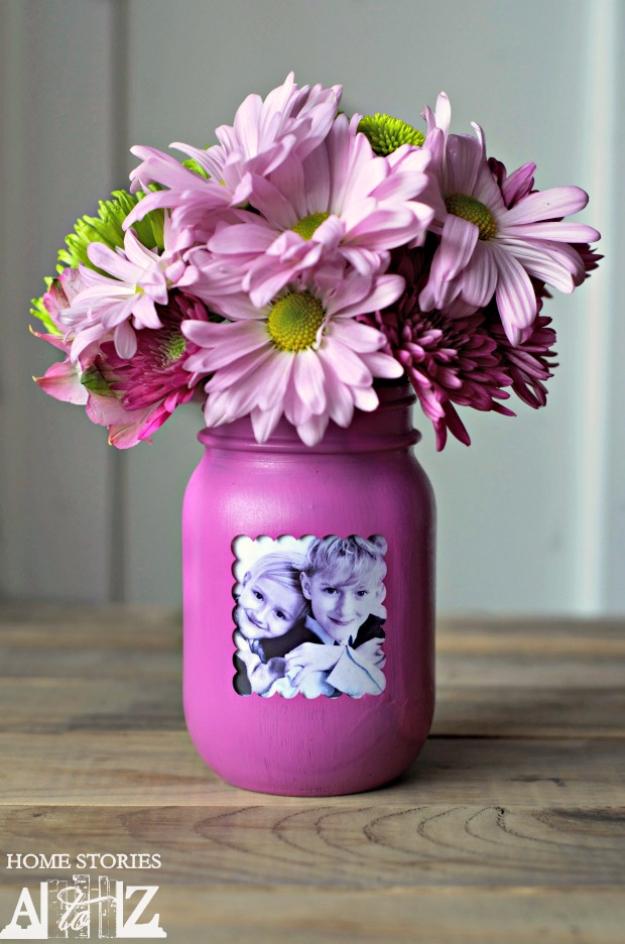 DIY Mason Jar Vases - Mason Jar Picture Frame Vase - Best Vase Projects and Ideas for Mason Jars - Painted, Wedding, Hanging Flowers, Centerpiece, Rustic Burlap, Ribbon and Twine