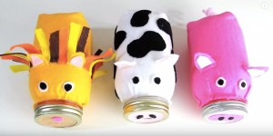 Oink All The Way To The Bank With This Mason Jar Piggy Bank!