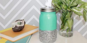 Darling Mason Jar Tissue Holder Is So Easy!