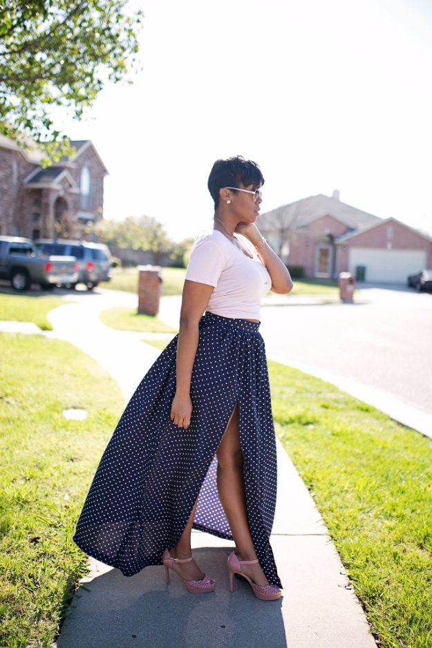 DIY Sewing Projects for Women - Maxi Skirt With High Split Tutorial - How to Sew Dresses, Blouses, Pants, Tops and Fashion. Step by Step Tutorials and Instructions #sewing #fashion