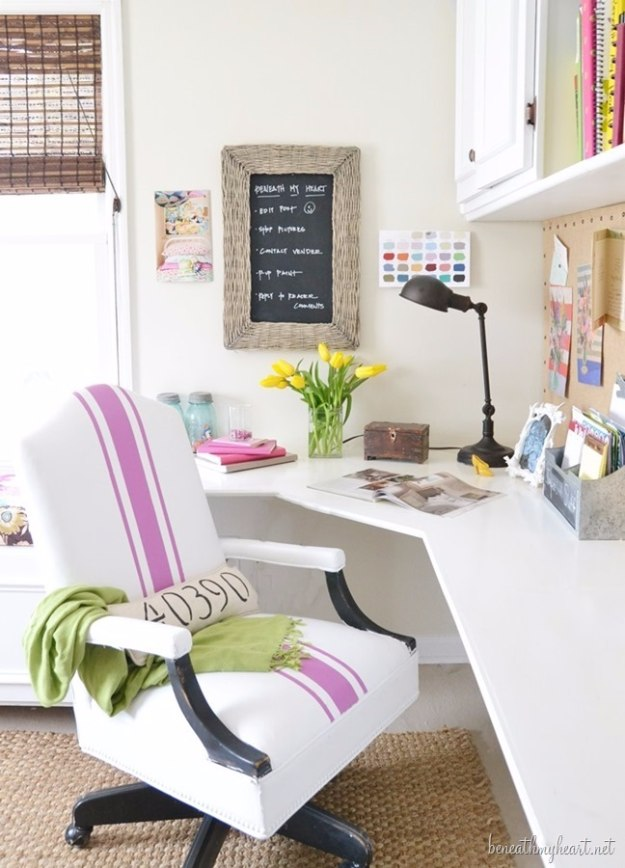 DIY Home Office Decor Ideas - Painted Leather Office Chair - Do It Yourself Desks, Tables, Wall Art, Chairs, Rugs, Seating and Desk Accessories for Your Home Office #office #diydecor #diy