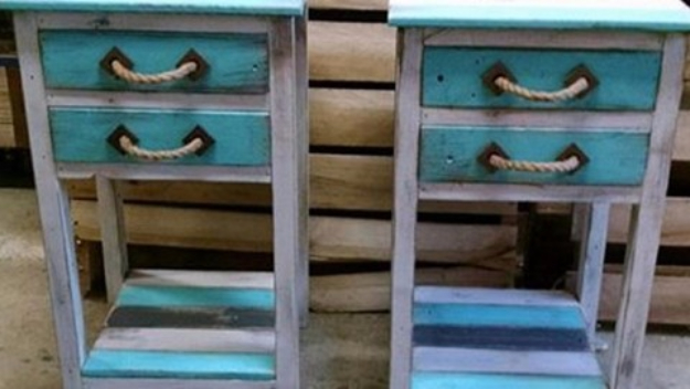 DIY End Tables with Step by Step Tutorials - Pallet End Tables - Cheap and Easy End Table Projects and Plans - Wood, Storage, Pallet, Crate, Modern and Rustic. Bedroom and Living Room Decor Ideas #endtables #diydecor #diy