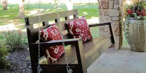 Charming DIY Pallet Chair Swing to Relax In!