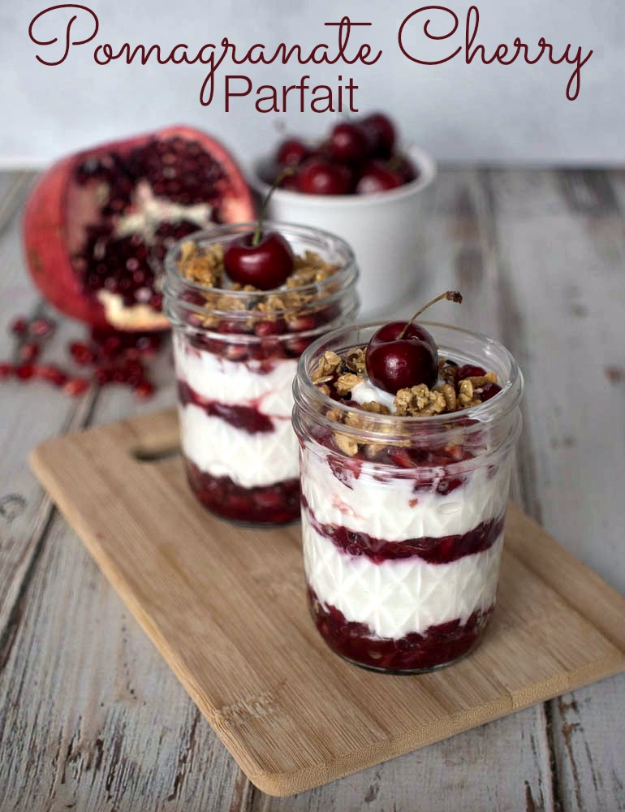 Best Recipes in A Jar - Pomegranate Cherry Parfait - DIY Mason Jar Gifts, Cookie Recipes and Desserts, Canning Ideas, Overnight Oatmeal, How To Make Mason Jar Salad, Healthy Recipes and Printable Labels
