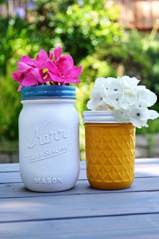 DIY Mason Jar Vases - Quick And Easy Painted Mason Jars - Best Vase Projects and Ideas for Mason Jars - Painted, Wedding, Hanging Flowers, Centerpiece, Rustic Burlap, Ribbon and Twine