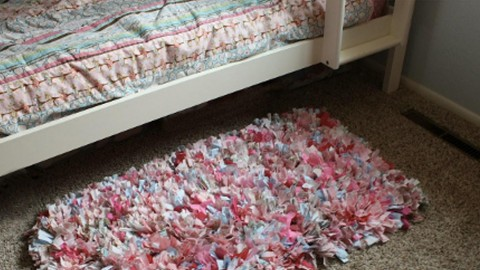 Easy No Sew Shag Rag Rug Everybody Loves and Wants! | DIY Joy Projects and Crafts Ideas